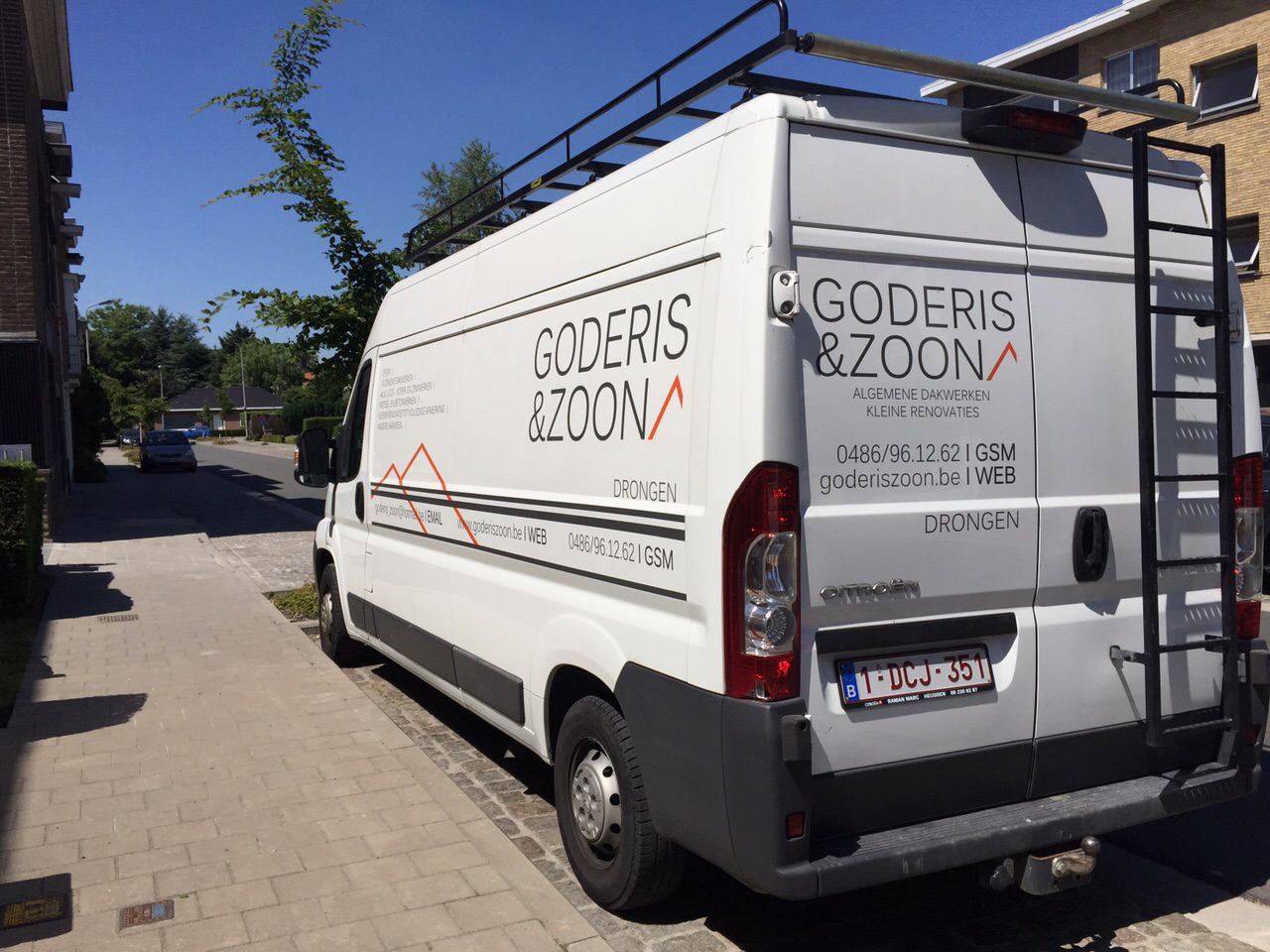goderis_zoon_camionette1_lr